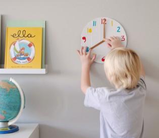 Simple DIY Clock