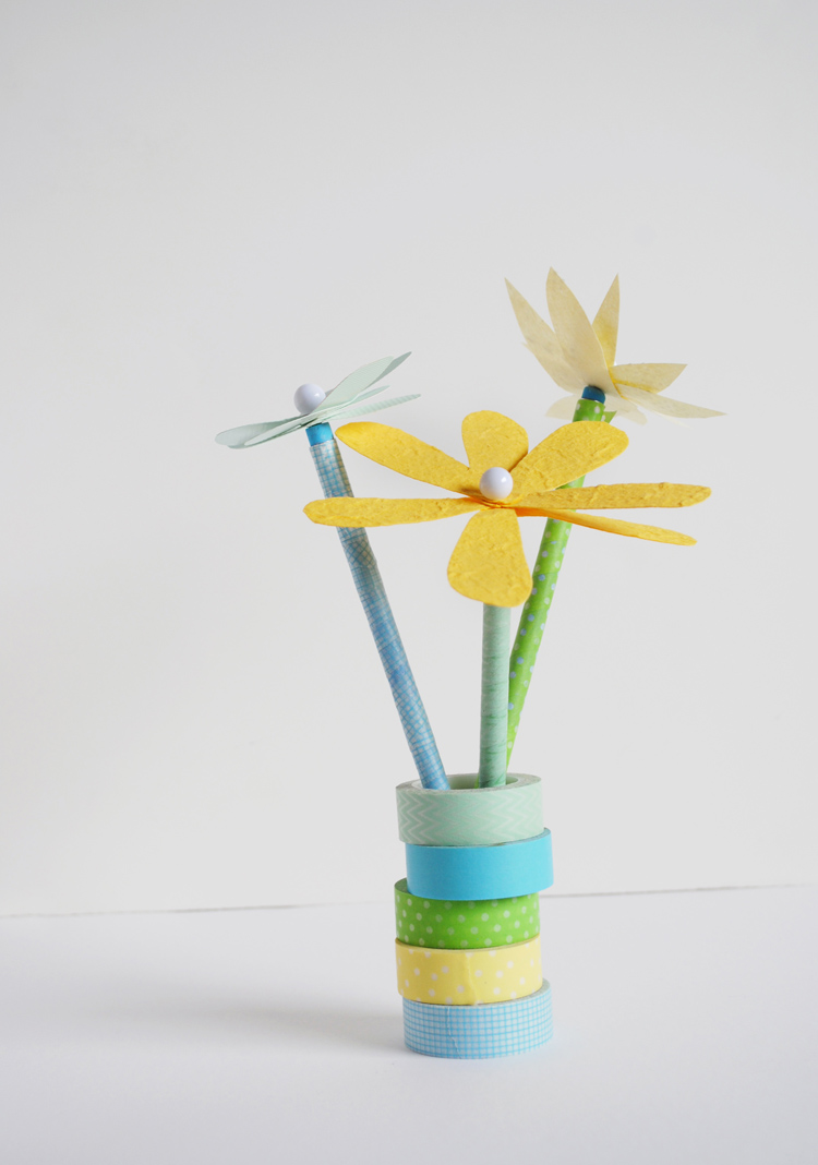 Mer Mag Flower Pencil Toppers