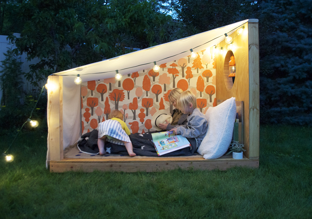 ... Mer Mag | Pottery Barn Book Nook & An Outdoor Book Nook with Pottery Barn Kids! - Mer Mag