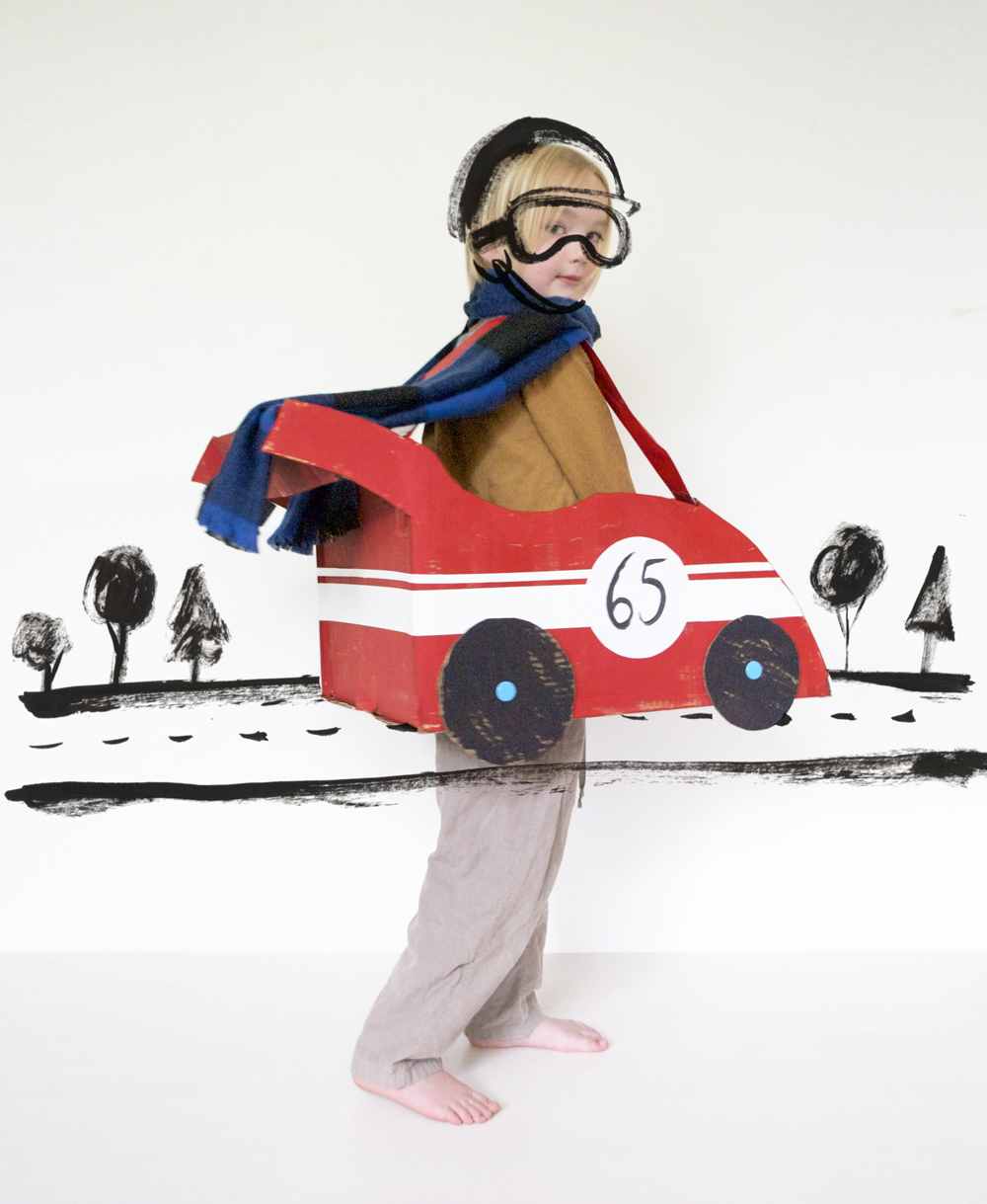 racing car out of cardboard | Mer Mag