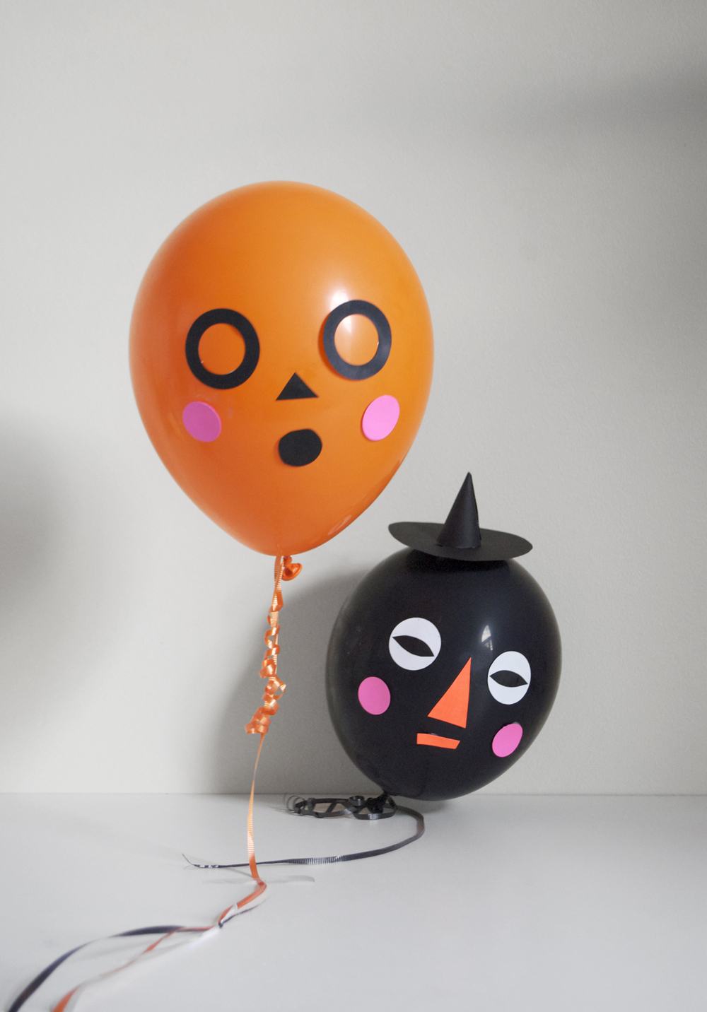 silly Halloween balloon faces DIY on Julep | mer mag