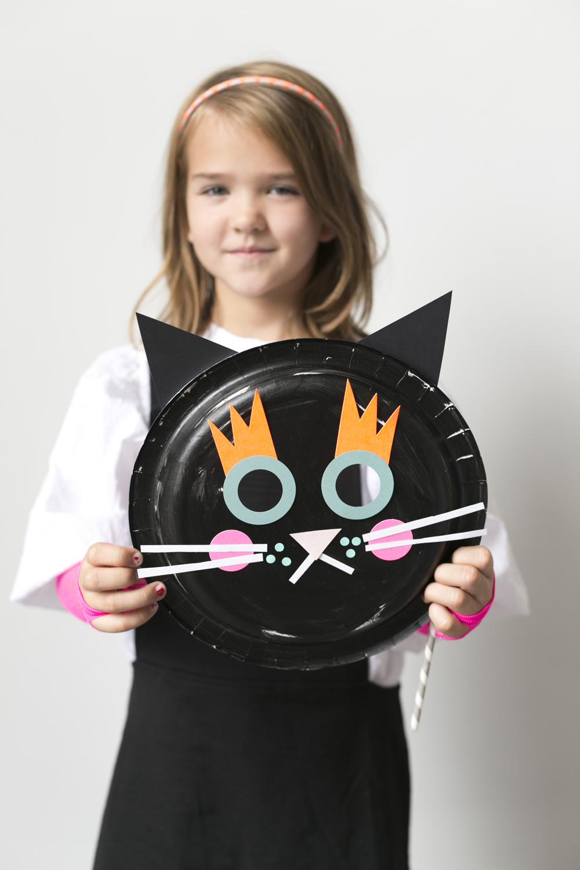 paper plate halloween masks