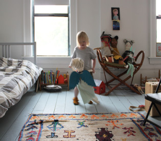 Simple Scenes: This week at the Banister House