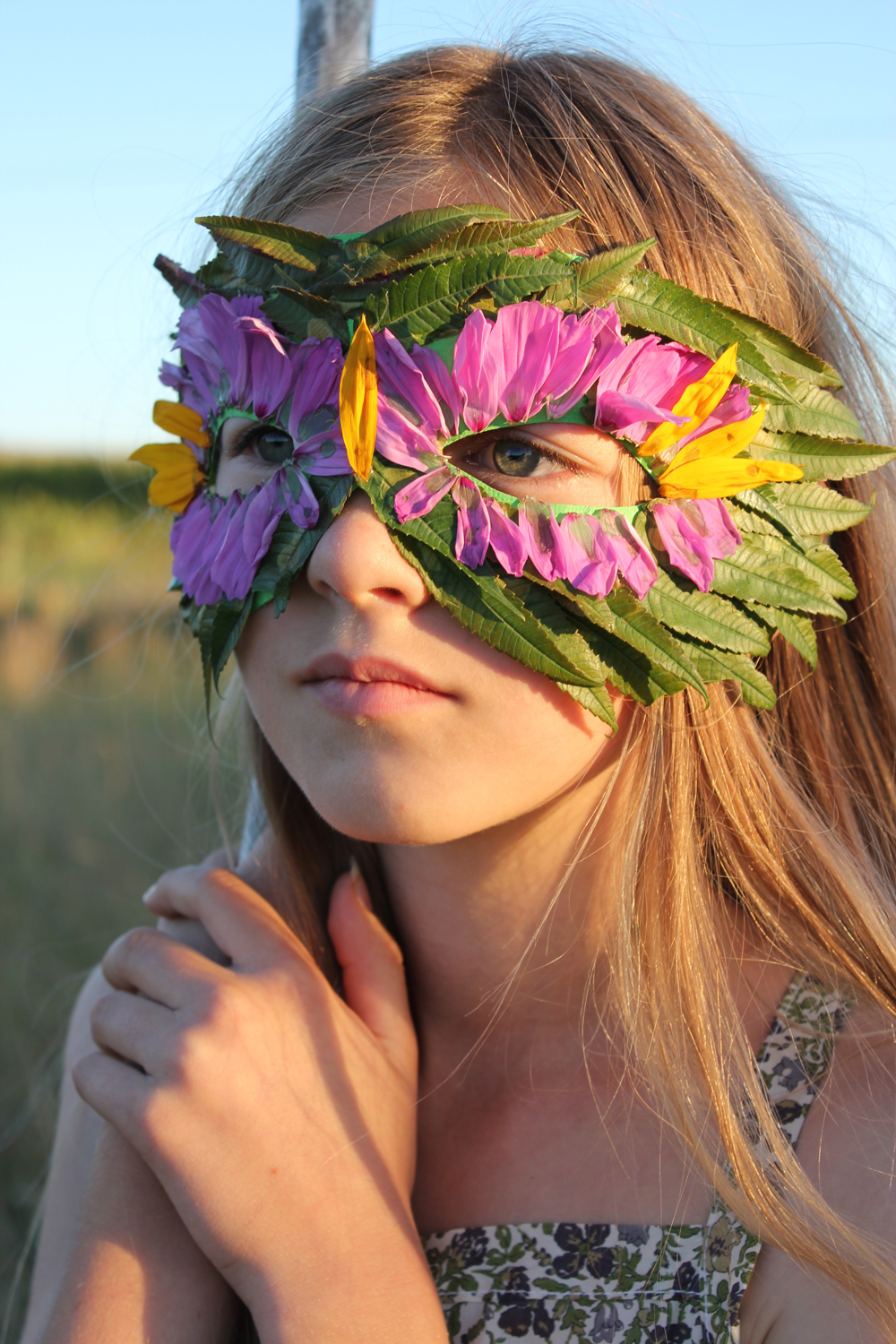 Diy Nature Mask With Leaves And Flowers Mer Mag