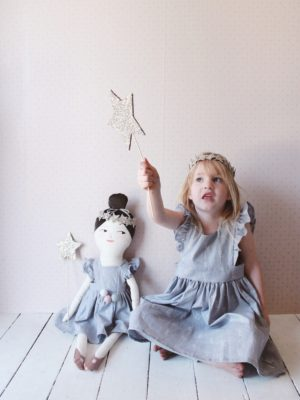 Make a Glitter Star Wand and Headband