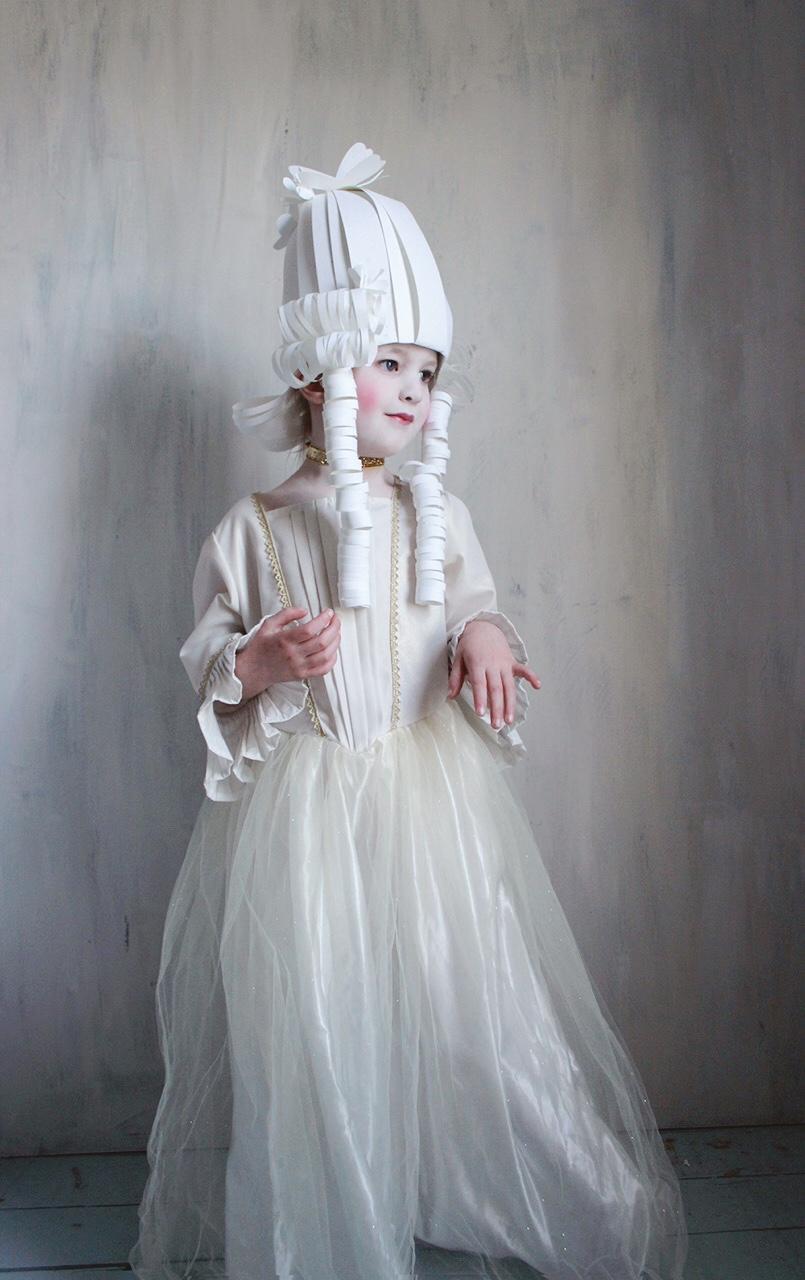 Marie Antoinette Costume  sc 1 st  Mer Mag & Marie Antoinette Costume - Mer Mag